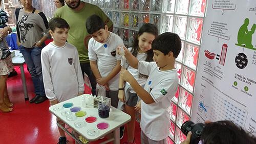 Contrato para aulas de ciências nas escolas Ecobé